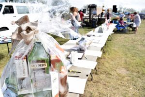 The festival also hosted a silent auction.