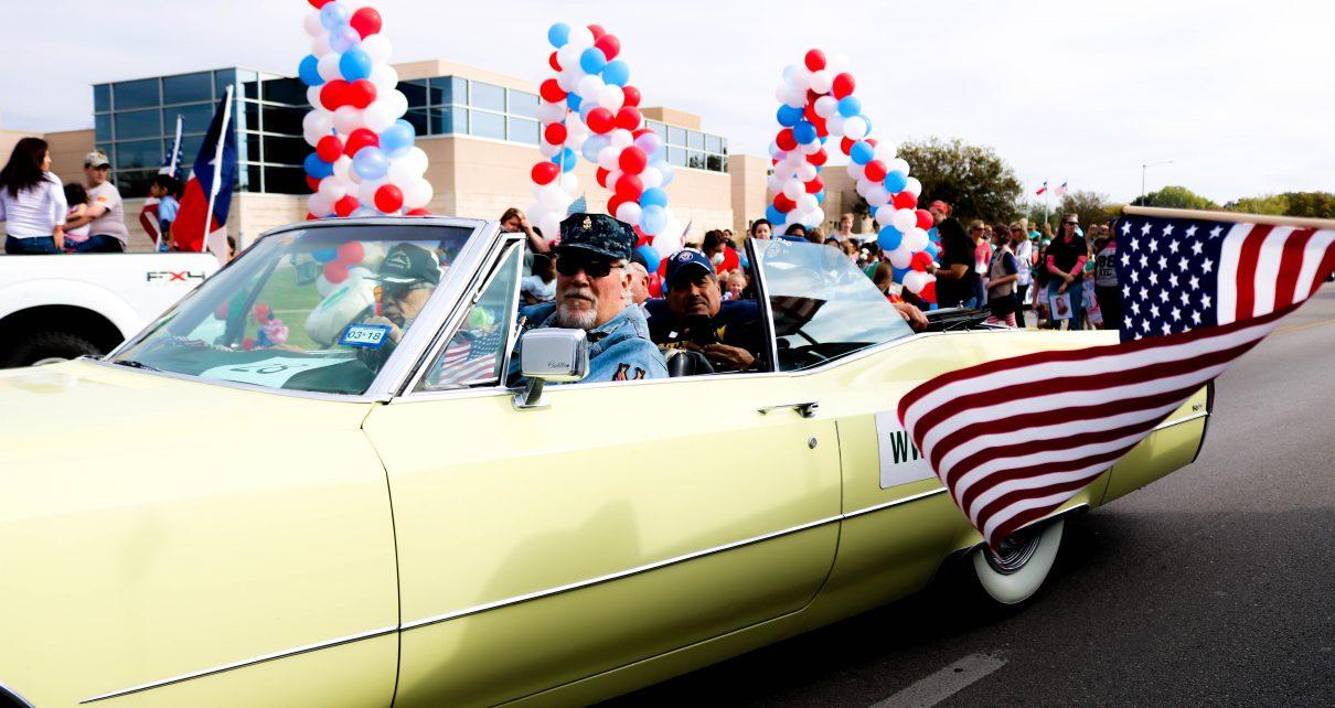 Veteran s day parade texas state multimedia journalism for Kyle chapman motors san marcos